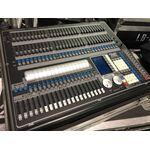 Used Light Contoller Avolites Pearl 2004 USB + Flight Case (Updated 2008)